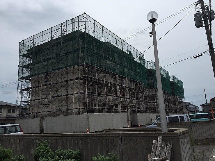 平成28年度 鶴岡職員6号アパート 屋根修繕工事(仮設工事)